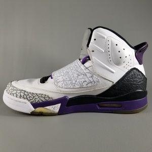 sports shoes e3547 d2a23 Nike Shoes - Nike Air Jordan Son of Mars Men s Shoes White 10